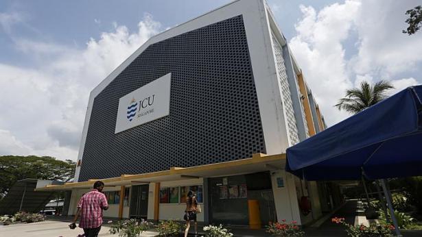hoi-thao-jcu-singapore-5