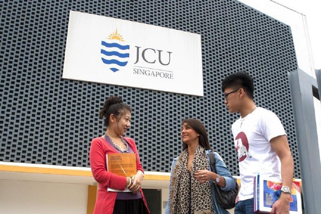 Chương trình hỗ trợ 50% học phí Đại học James Cook Singapore