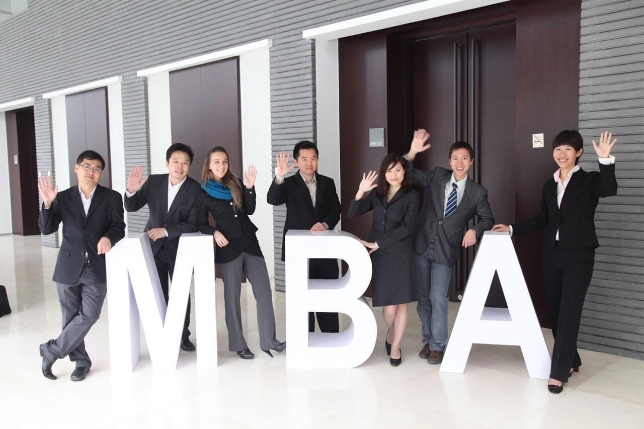 Du học thạc sĩ ngành quản trị kinh doanh